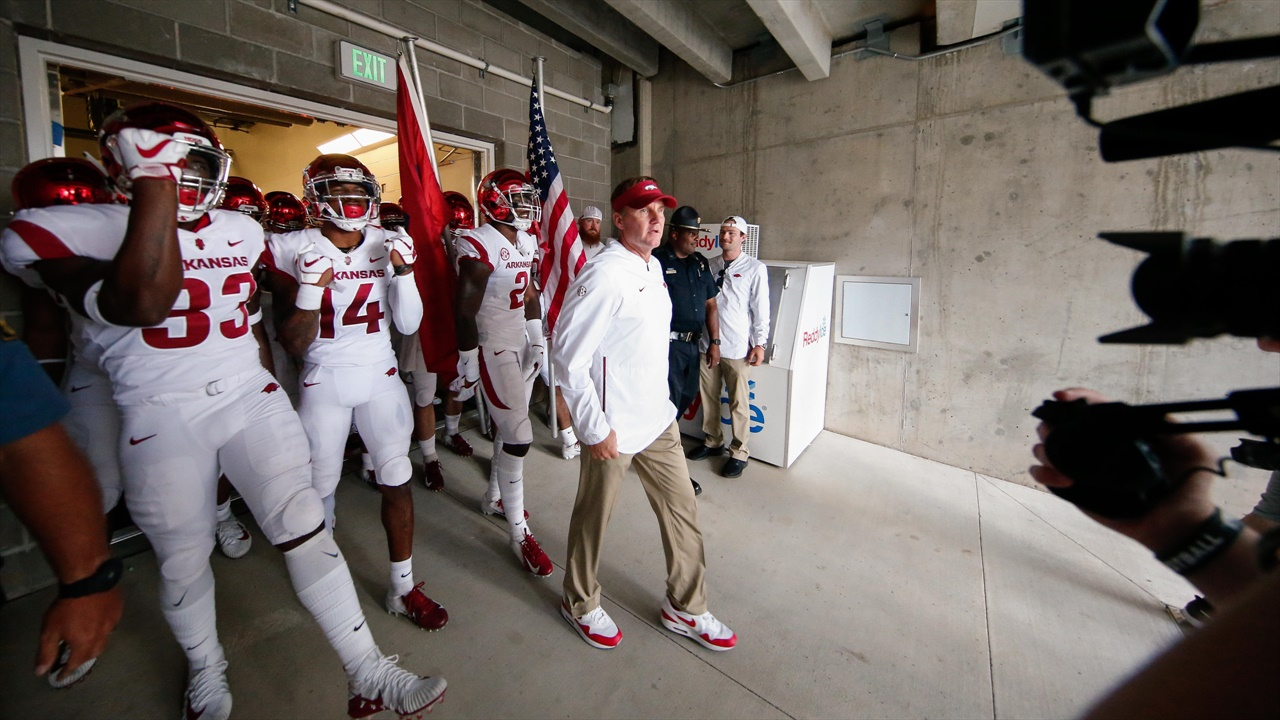 Arkansas hoping for a big turnaround after disastrous 2018 season