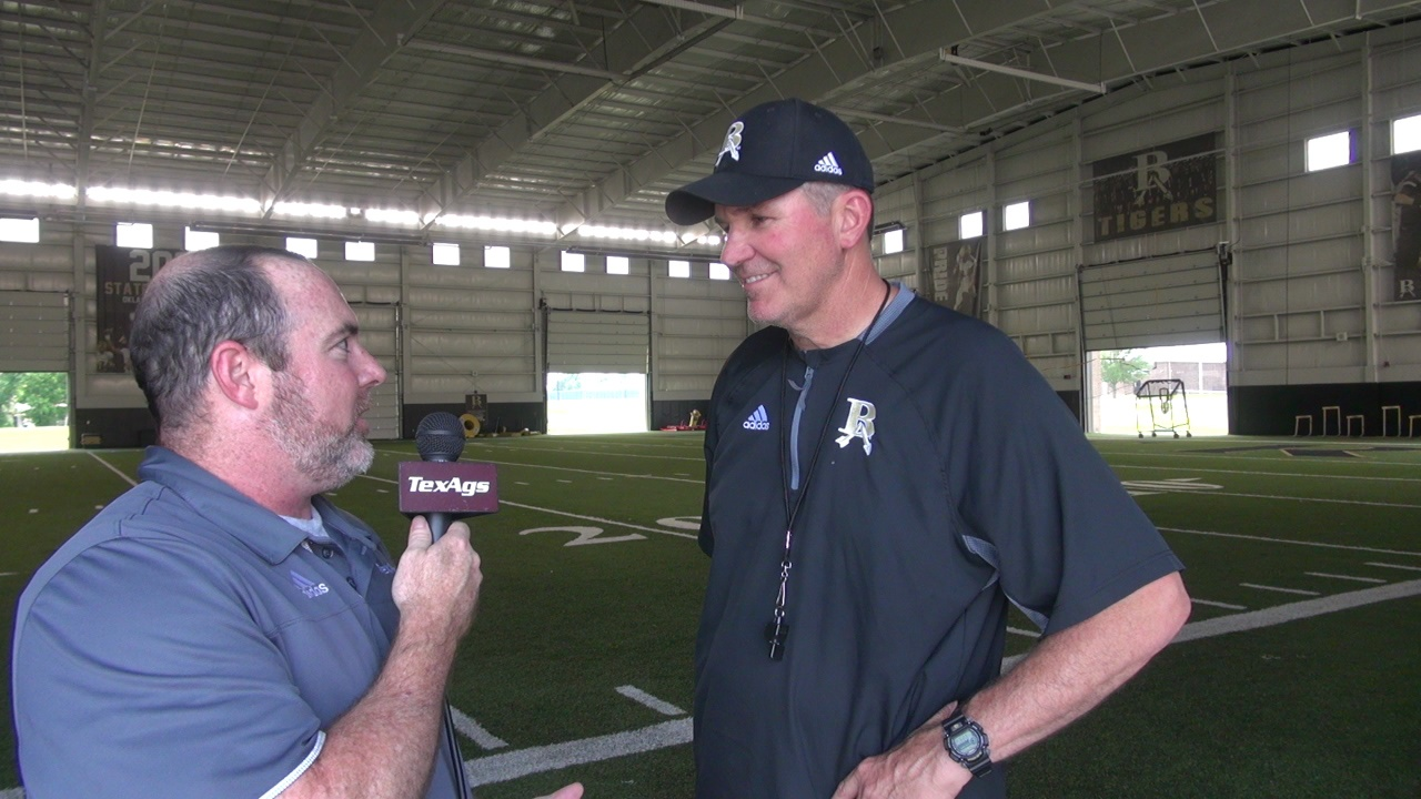 Broken Arrow head coach David Alexander discusses top OL Andrew Raym