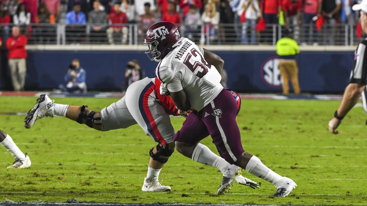Opportunistic plays on defense, special teams lead Aggies to win over Ole Miss