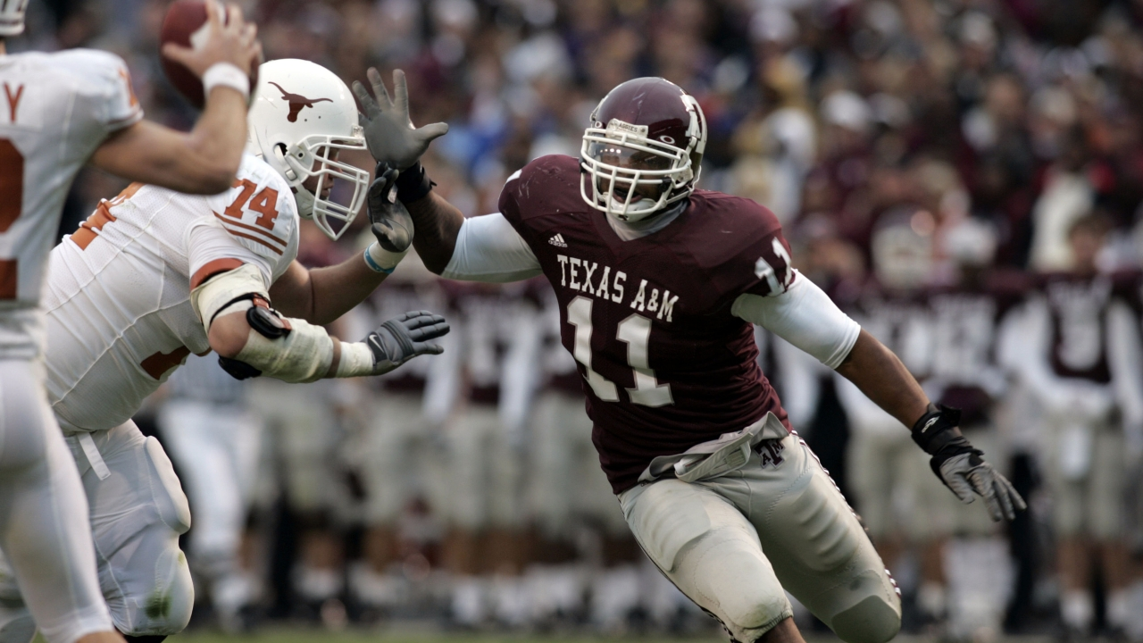 He knocked out Colt McCoy, but does he love A&M? Michael Bennett sets the record straight