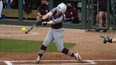 Herzog's two homers not enough as Tennessee walks off A&M, 3-2, in extras